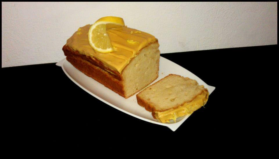 Zitronenkuchen mit Topping